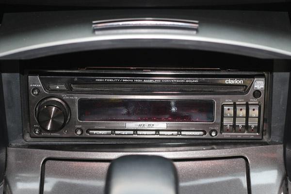 丰田锐志汽车音响改装歌乐D2主机 战神音响2.1系统 专车专用低音炮高清图片