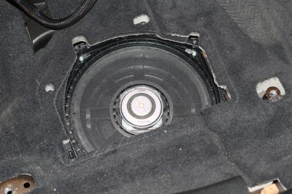 宝马X1汽车音响改装瑞典DLS前三分频 后两分频音响系统